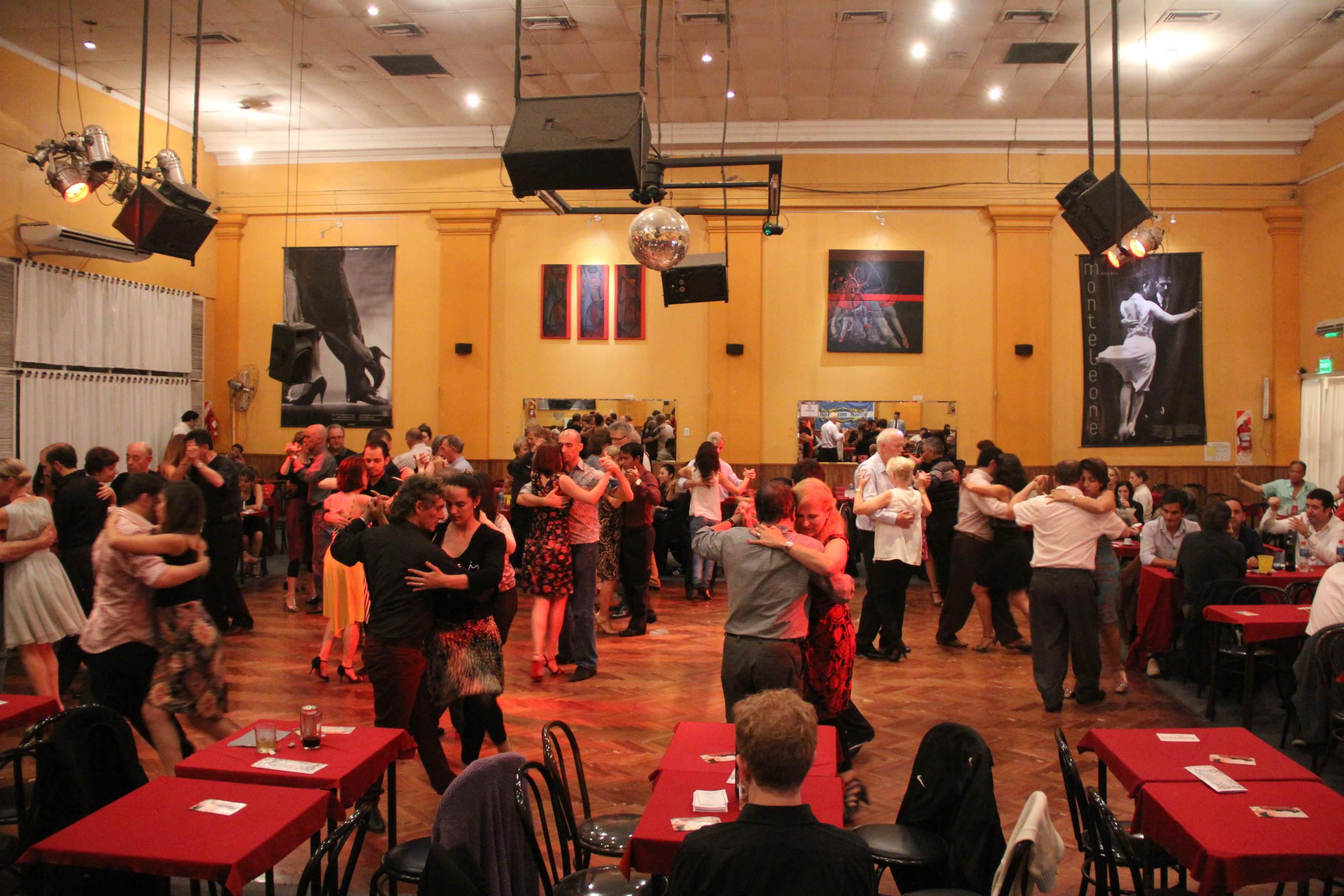 1 cim tango championship semifinale con dischi in vinile e 78 giri puramilonga for A puro tango salon canning