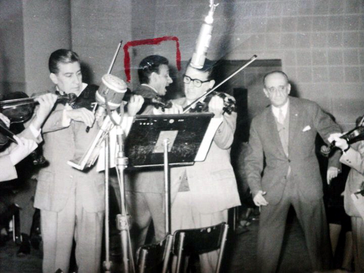 Osvaldo Ramos y la Orquesta de Juan D'Arienzo