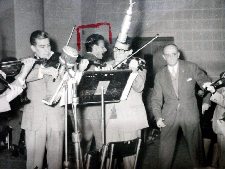Osvaldo Ramos and Juan D'Arienzo Orchestra